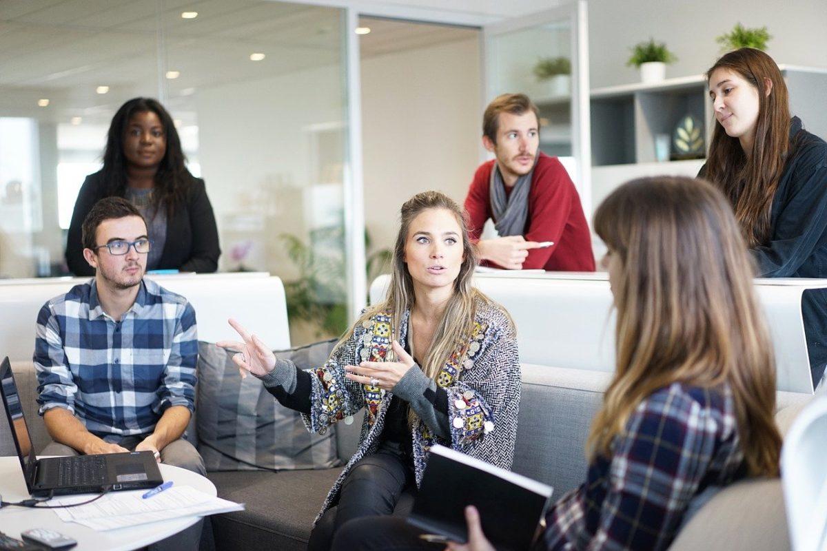 英語を学ぶべき理由:海外で働くチャンスを得られる